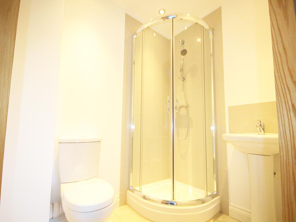 2 bedroom flat For Sale in Foulridge, Colne - IMG_0926.jpg